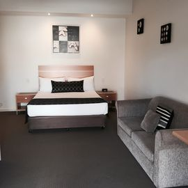 Superior Room | Superior Room | Standard Room Accommodation Yarrawonga